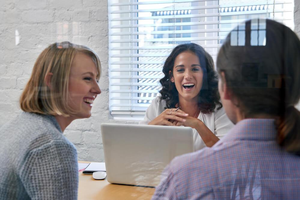 saiba-as-vantagens-de-manter-uma-comunicacao-com-o-seu-cliente.jpeg