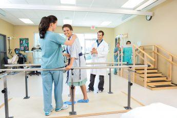 fisioterapeutas-como-organizar-sua-clinica-e-melhorar-o-atendimento.jpeg